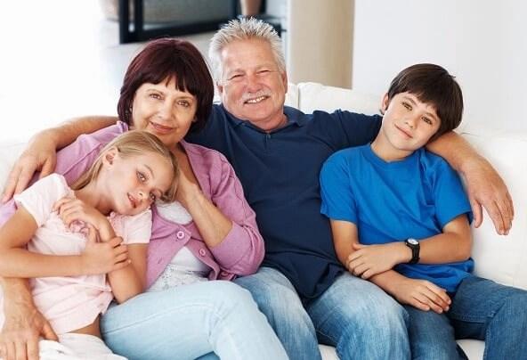 labor educativa de los abuelos