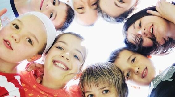 enseñanza multisensorial, educación, aprendizaje, aprender, educar, escuela para padres