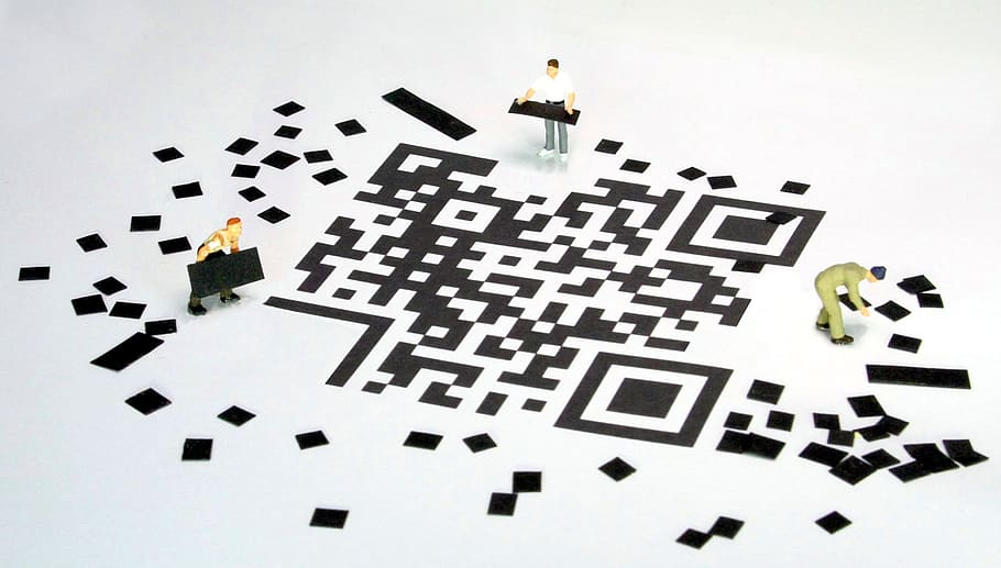 qr code barcode miniature figures tiler