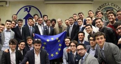 I ragazzi del collegio Augustinianum con Romano Prodi