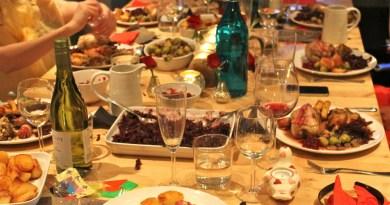 A Natale la tavola è imbandita