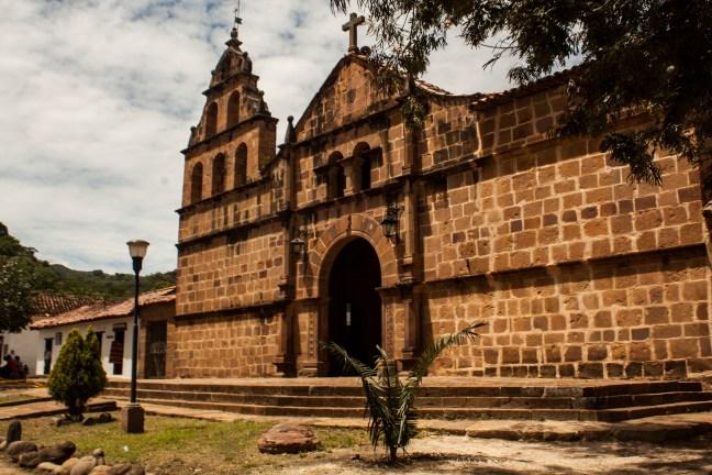 La iglesia del pueblo Guare, Santander, Colombia