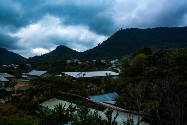 Atardecer en el pueblo Mindo, Pichincha, Ecuador