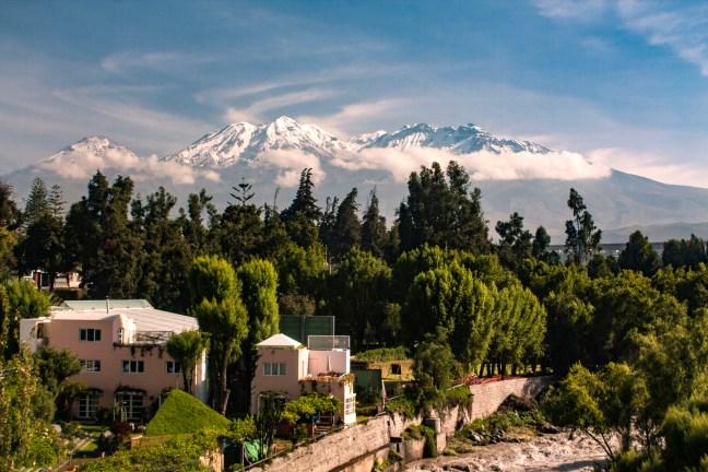 La cima del Chachani ciudad de Arequipa, Arequipa, Perú