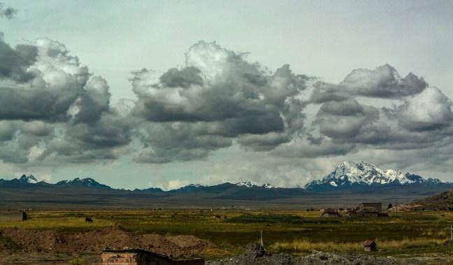 Saliendo hacia el Lago Titicaca desde la ciudad de La Paz