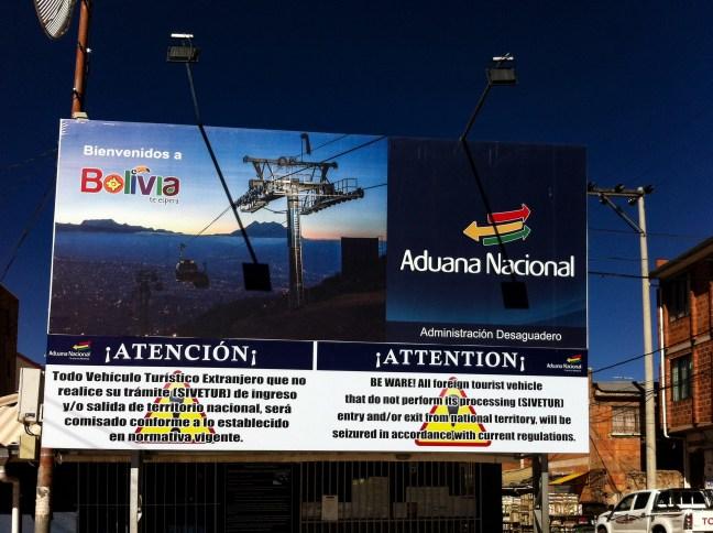 La entrada a Bolivia Desaguadero, Frontera Bolivia-Perú