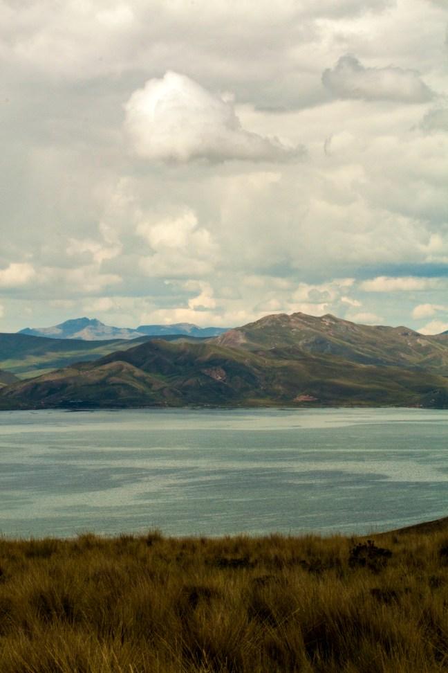 Vista al lago Carretera de Arequipa a Puno, Perú