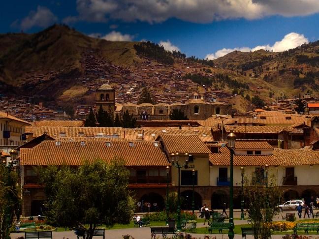 Vista desde la Plaza de Armas ciudad de Cusco, Cusco, Perú