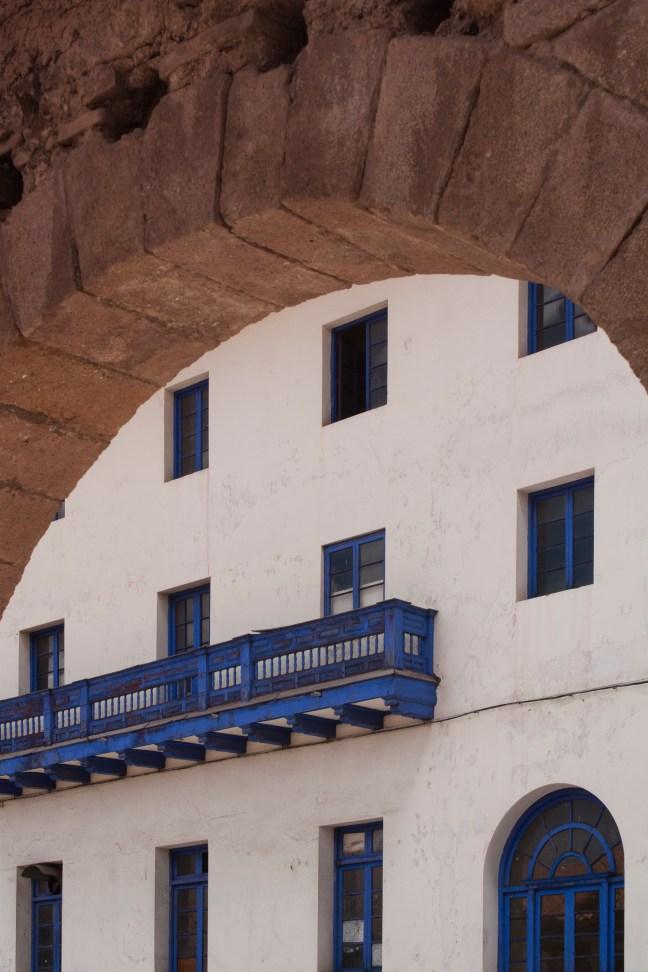 Arco del acueducto Centro Histórico. Cusco, Perú
