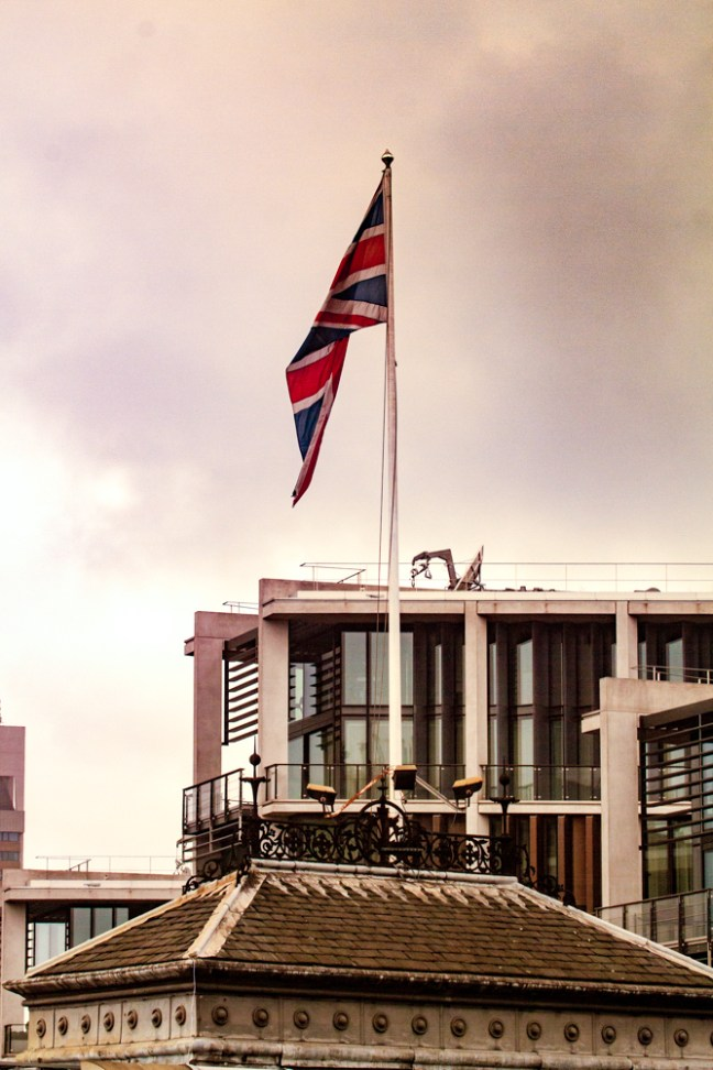 La bandera inglesa Calles de Nightsbridge , UK
