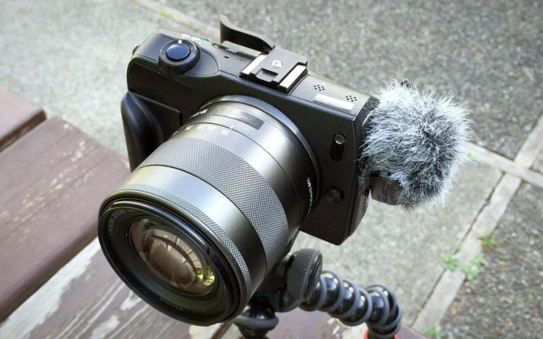 Canon EOS M + Edutige ETM-001 = Cool & Affordable Vlogging Camera
