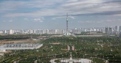 Asjchabat de witte stad / Turkmenistan
