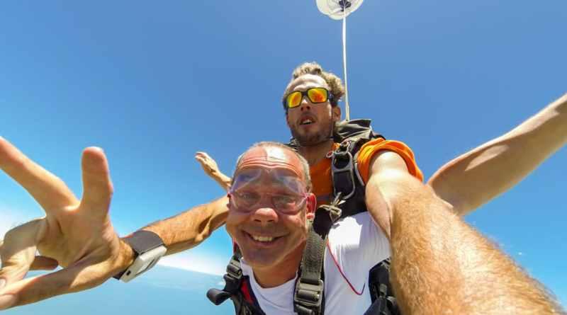 Parachute springen in Fiji - www.edvervanzijnbed.nl