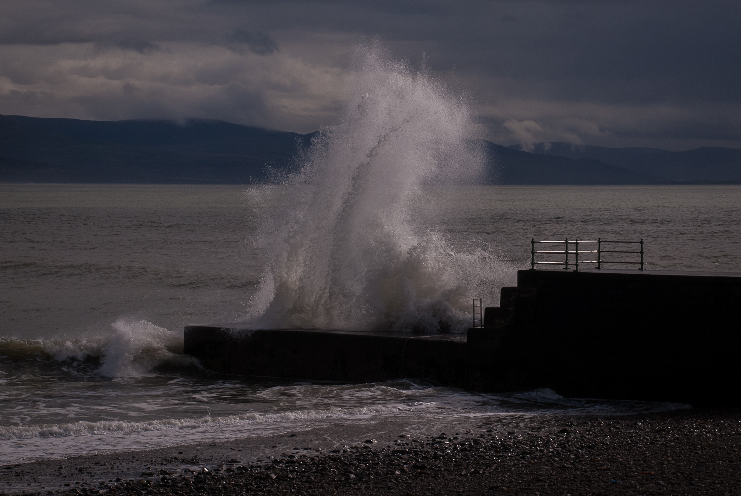 Huge Wave hits Criccieth Jetty, Wales