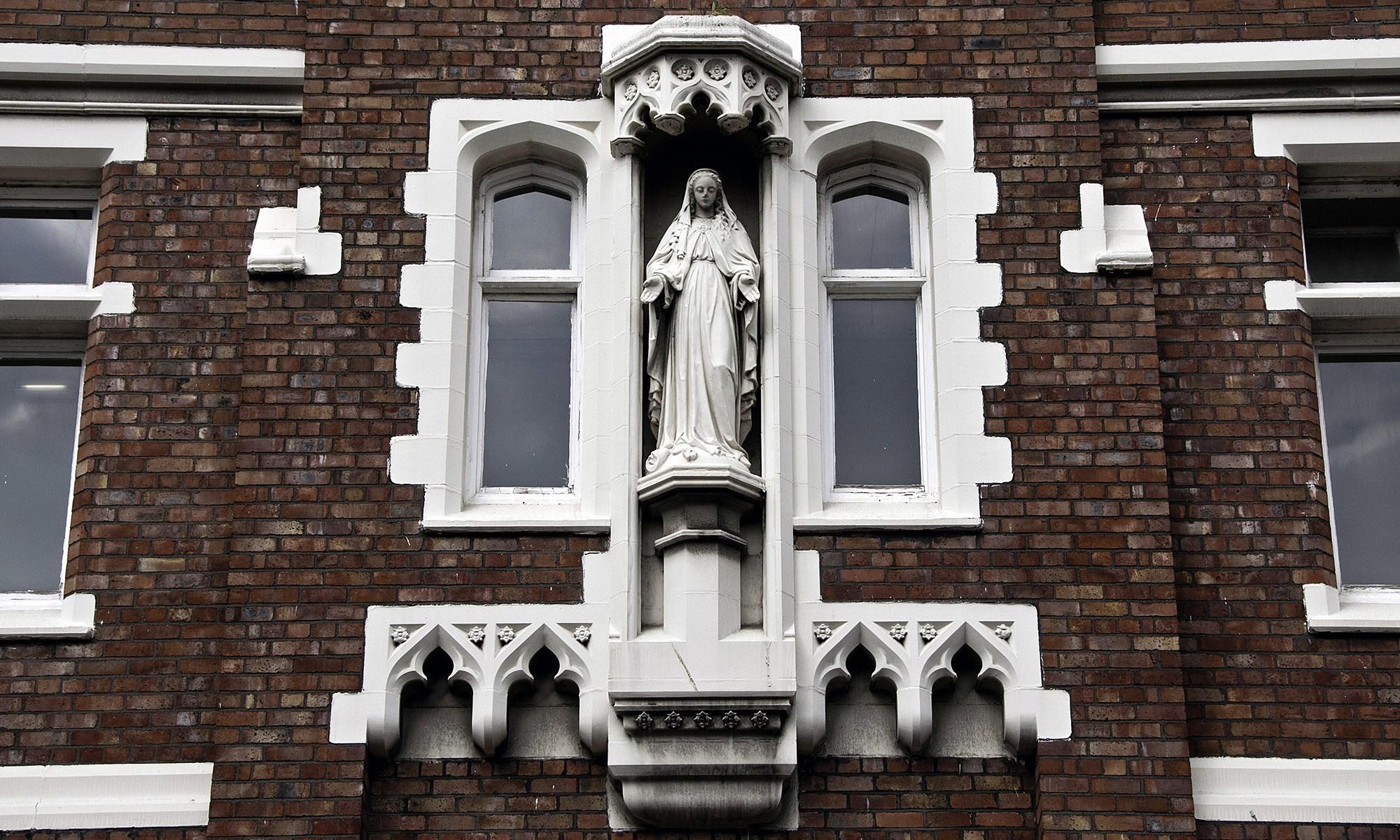 Virgin Mary Statue on Hope Street, Liverpool