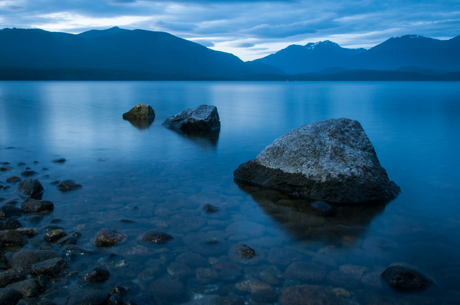 Rocks on Lake Te Anau