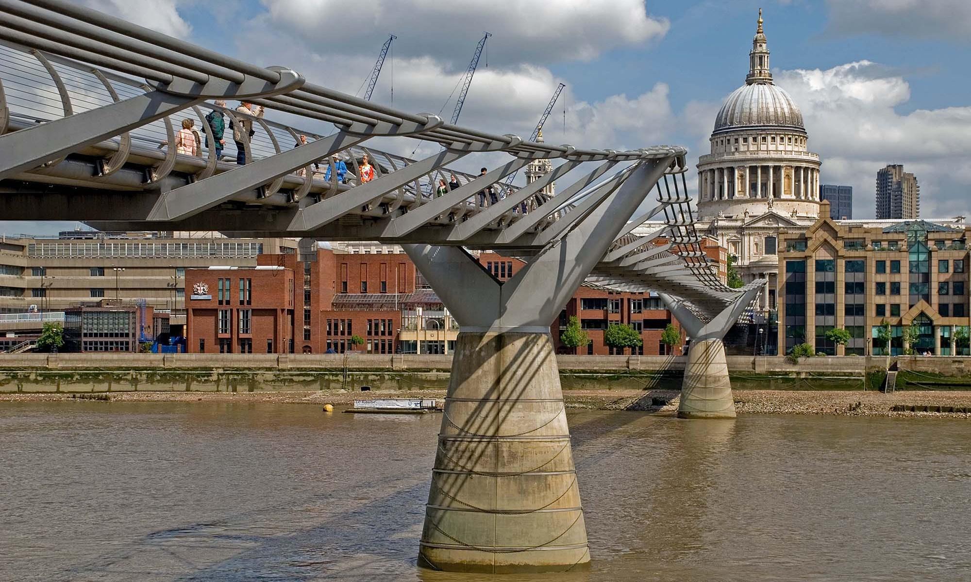 Millennium Bridge & St. Paul's Cathedral