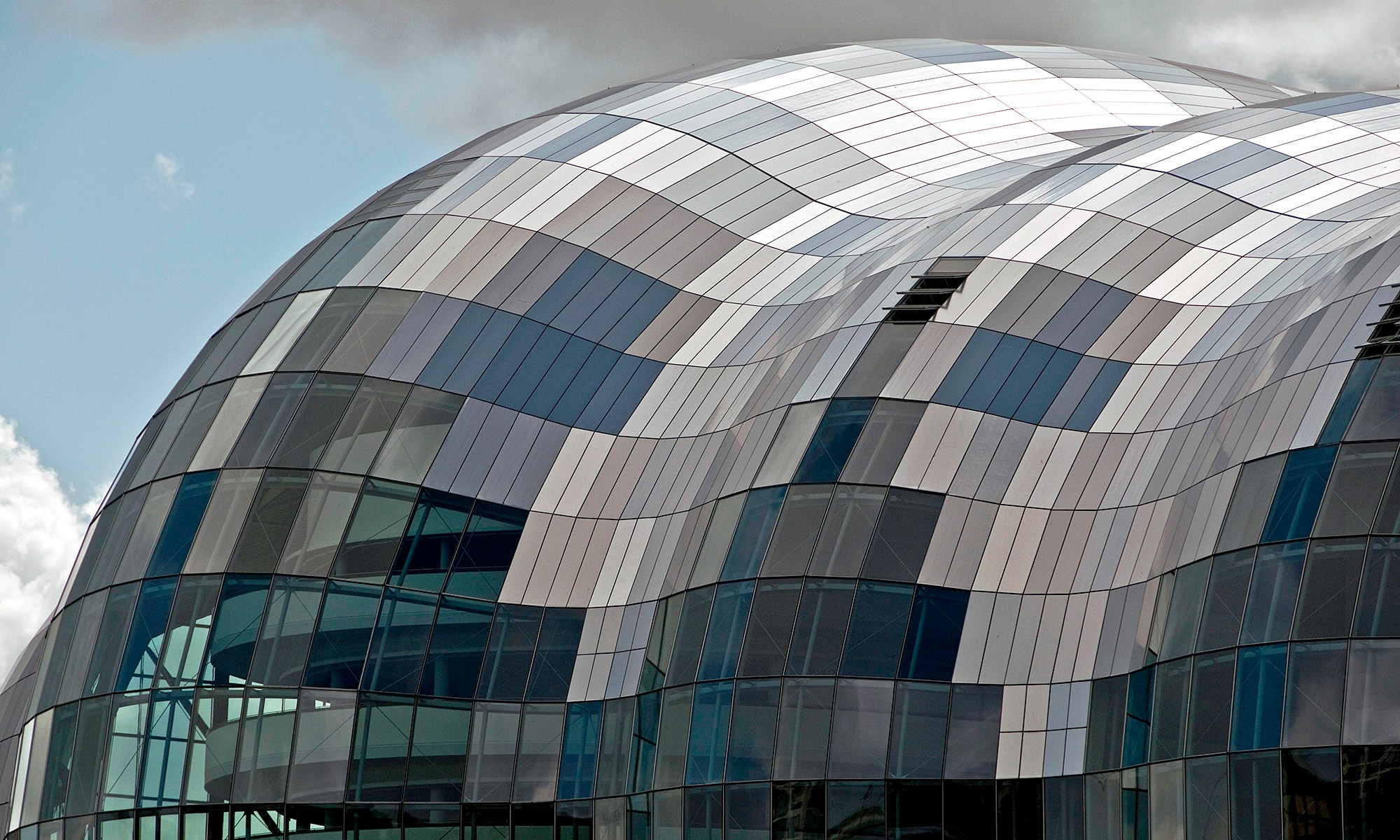 The Sage Gateshead Glass Pattern