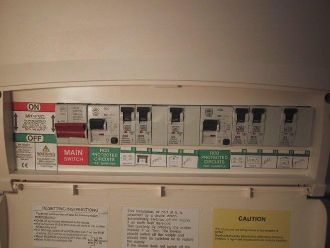 Mk garage consumer unit wiring diagram wiring diagram k7666sme mk k7666smet amendment 3 10 way metal consumer unit asfbconference2016 Images