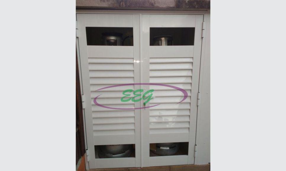 porta-de-aluminio-para-abrigo-de-gas