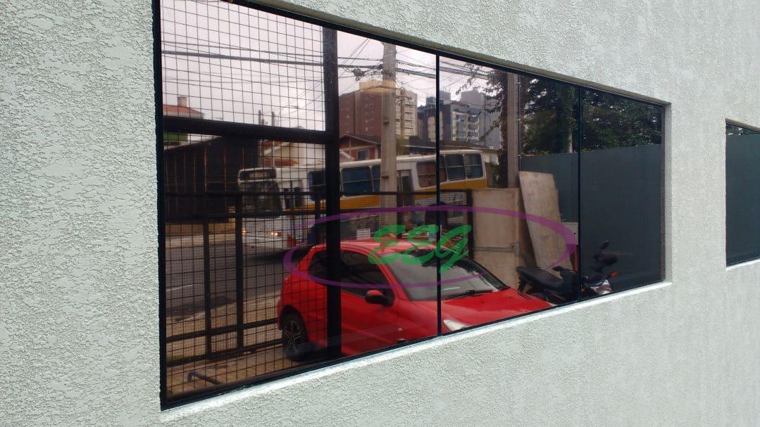 Pele de vidro em Curitiba