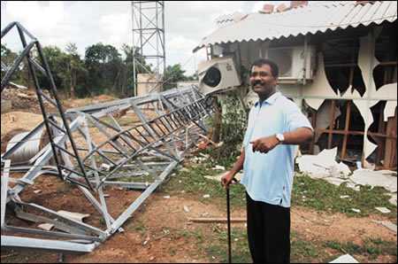 Tamilselvan destroyed communication tower Kilinochchi