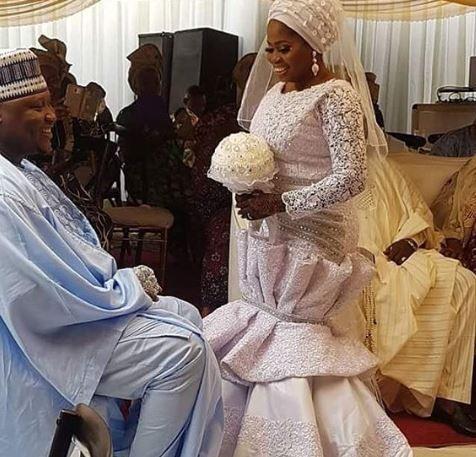 Popular Actress, Tawa Ajisefini Gets Married