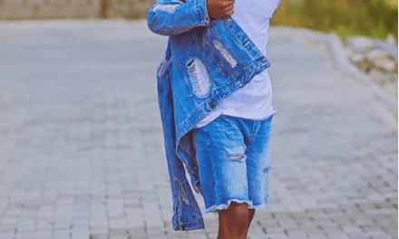 BBNaija star EfeMoney Celebrate His 26th Birthday With Dance Video