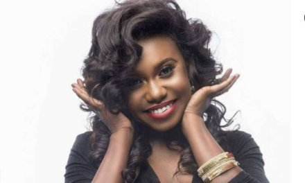 See How Niniola Reacted when Drake Requested her Song on Radio