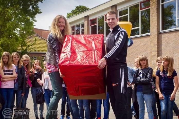 Sportieve Gezonde Scholen ontvangen sport- en spelmaterialen pakket