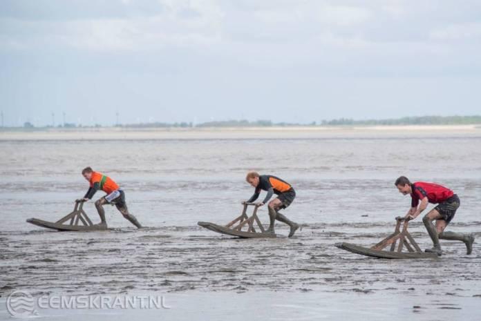 Barre omstandigheden tijdens Sliksleeën in Delfzijl