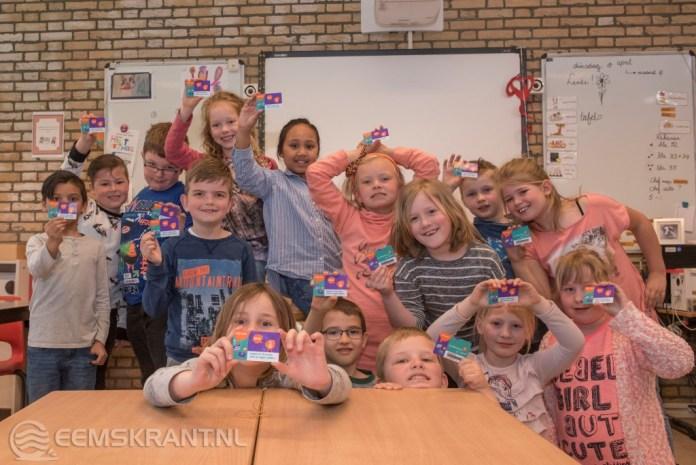 Bibliotheek op School geopend op de Farmsumerborg in Farmsum