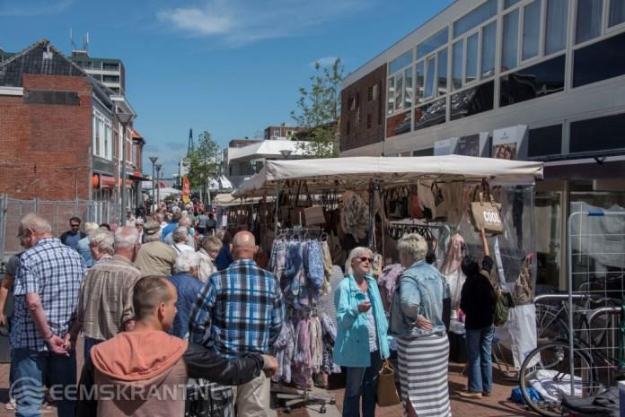 Pinksterfestiviteiten in Delfzijl van start gegaan met Jaarmarkt en kermis