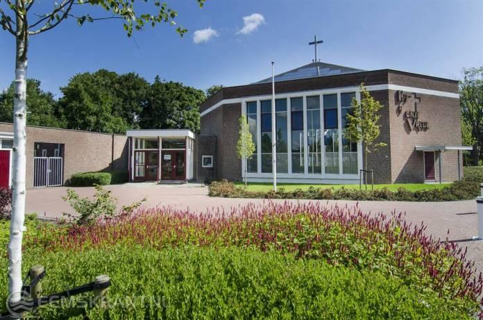 Samenwerkende protestantse kerken organiseren gezamenlijk pinksterkerkdienst in Loppersum