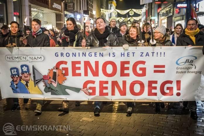 Meer dan 12.000 mensen lopen mee in fakkeltocht tegen gaswinning in Groningen