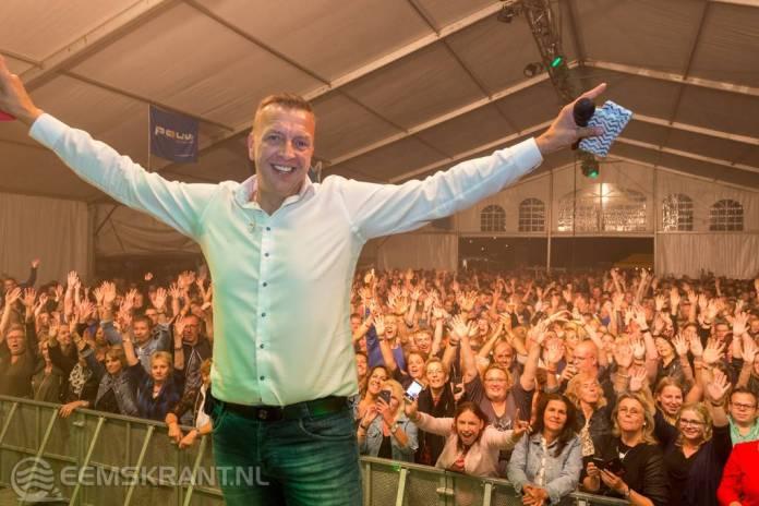 Fotoverslag: Zaterdagavond Bierummer schuurfeest met de Jannes en Saints 'n Sinners