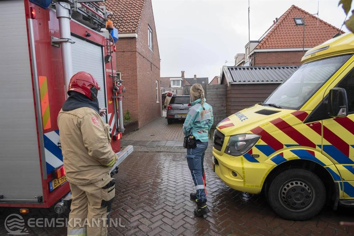Keukenbrand aan de Emmastraat in Appingedam snel geblust; bewoner loopt lichte verwondingen op -.
