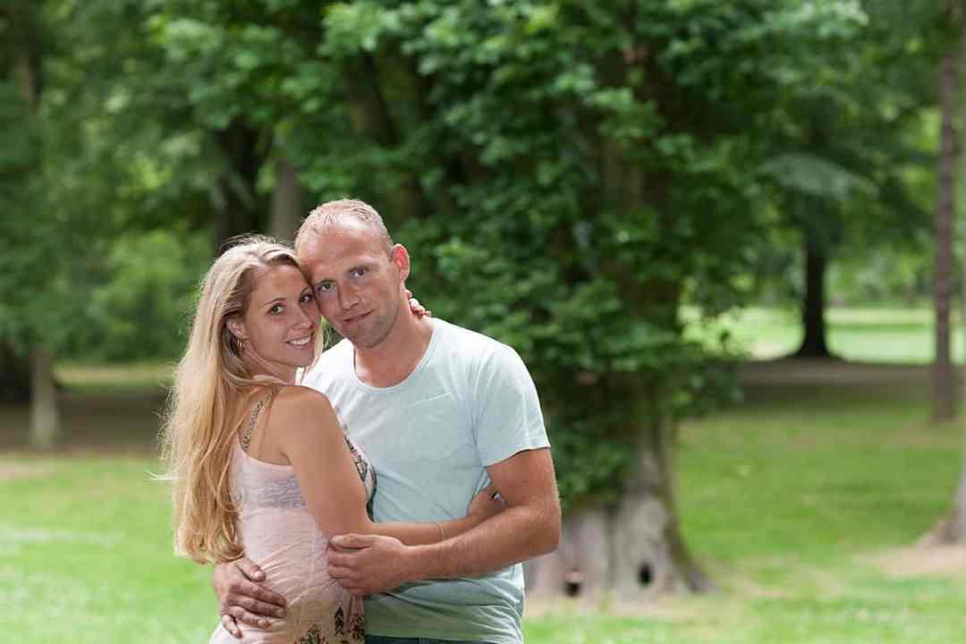 loveshoot fotoshoot pre-wedding fotosessie park buiten Hoofddorp Nieuw-Vennep Haarlem Lisse Leiden