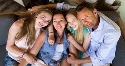 gezinsfoto thuis Nieuw-Vennep Hoofddorp