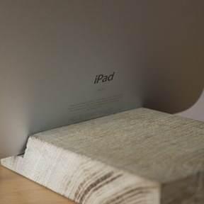 iPad stand wood bamboe