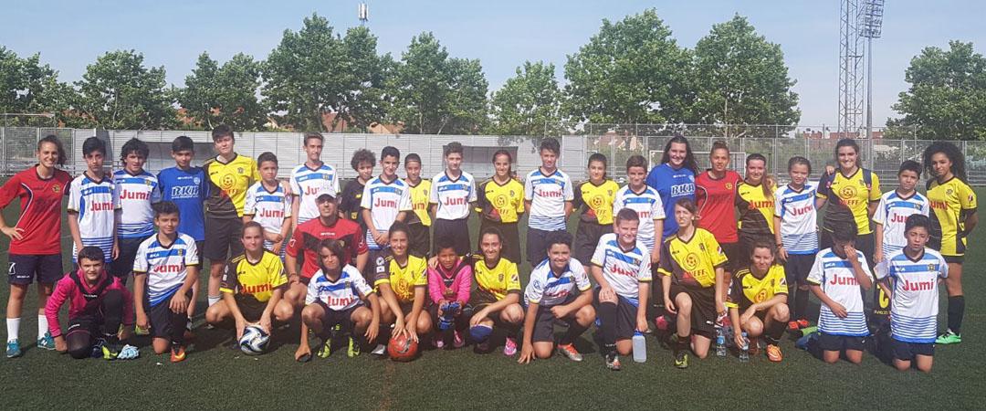 """Fútbol femenino """"Porque tod@s jugamos"""""""