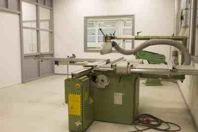 Composite shop Machine room (3)