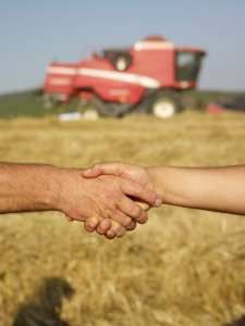 handshake_in_agriculture_small.jpg
