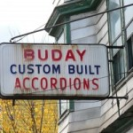 No more accordions: how to choose a form structure