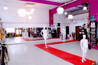 Sala Efímeral: Showrooms, Desfiles, Pasarelas, Exhibición Moda, Pop Up Stores 15