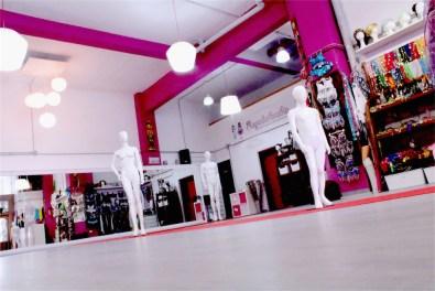 Sala Efímeral: Showrooms, Desfiles, Pasarelas, Exhibición Moda, Pop Up Stores 3