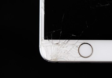 The Common Ways People Break Their Phones and How You Can Avoid it