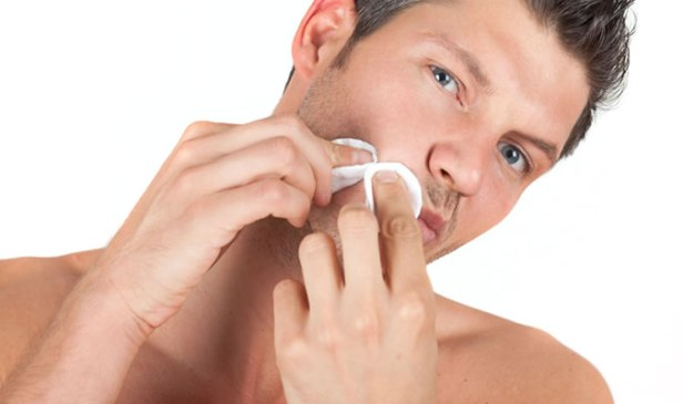 Smart Grooming Hacks, Pop Pimples With Tissues