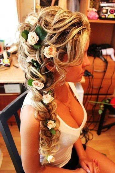 ruze u kosi