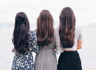 duga kosa brinete